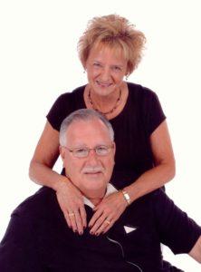Drs. Jim y Judy Stevens