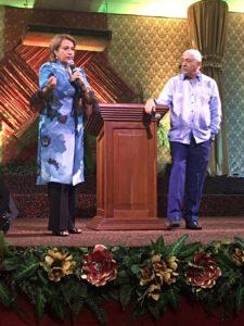 Apóstoles Jorge y Jenny Reynoso