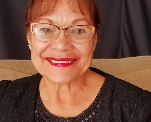Apostol Diana Hoyos-Rivera